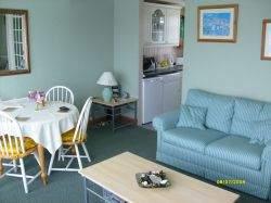 103 Norton Park, Dartmouth