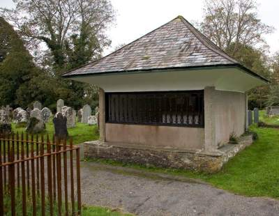 Cabell family tomb, Bucfastleigh
