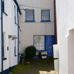 Appledore Courtyard