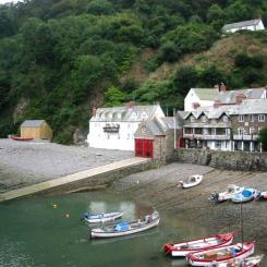Boats pulled up on Clovelly Beach