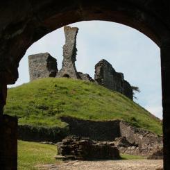 Okehampton Castle Arch