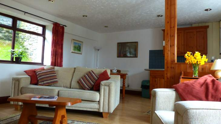 Farm Cottage sleeps 4  - self catering  ideal location