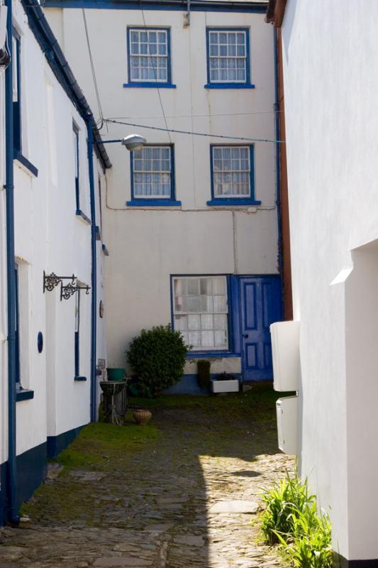 Appledore Courtyard