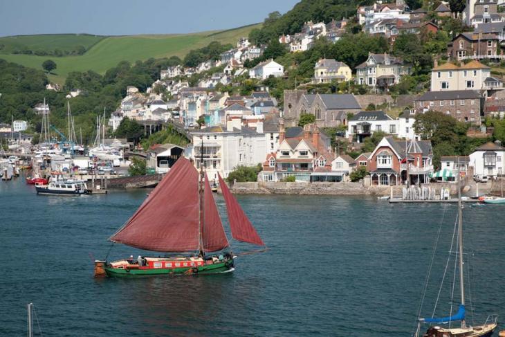 Dart Sail Barge