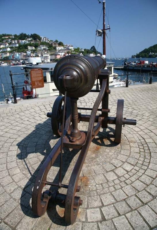 Dartmouth Cannon