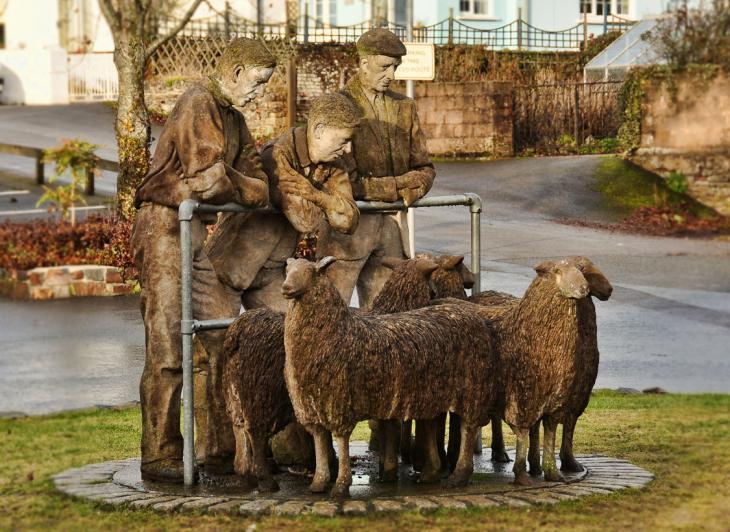 Sheep Sculpture, Hatherleigh