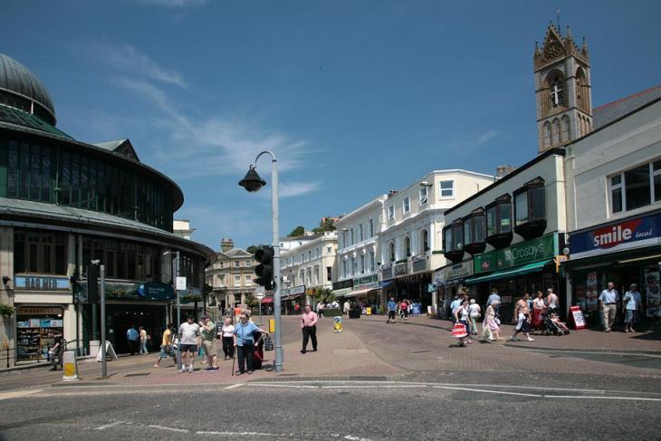 Torquay Shopping Street